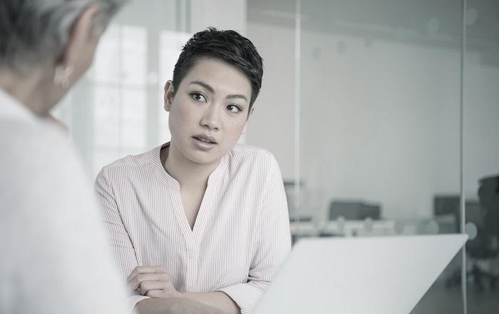 Asian office worker | Atradius