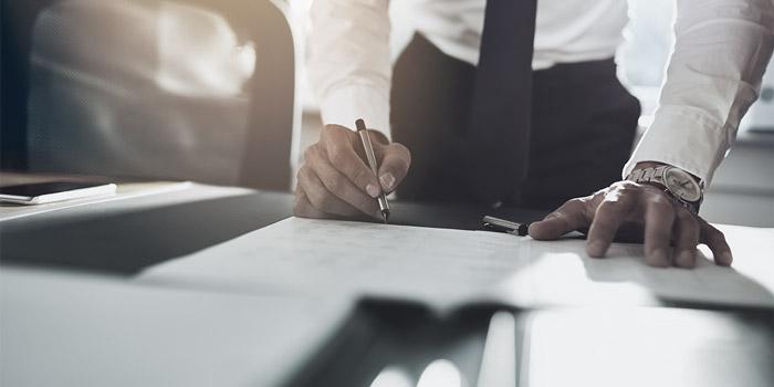 Contract signing | Atradius